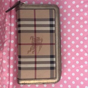 Burberry checkbook wallet tan with horses